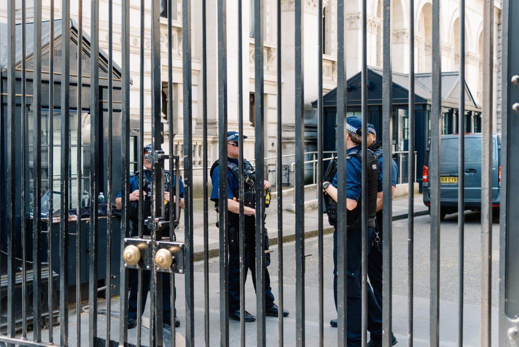Fransada Cihatcilari ve El Kaide Uyelerini Finanse Etmek Icin Kripto Para Kullanan 29 Kisi Yakalandi 1