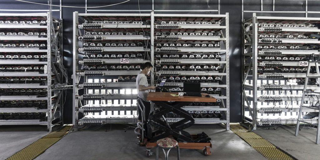 bitcoin madencilik zorlugu yuzde 5 dusus yasadi