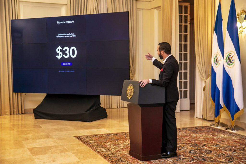 el salvador vatandaslara 30 dolar degerinde bitcoin dagitacak