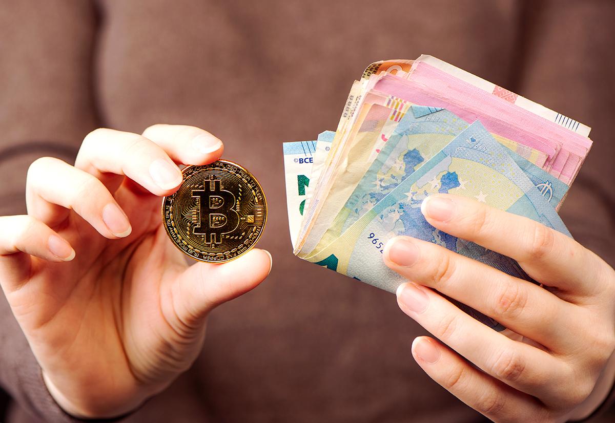 e ticaret platformu shop com bitpay araciligiyla kripto varlik kabul edecek