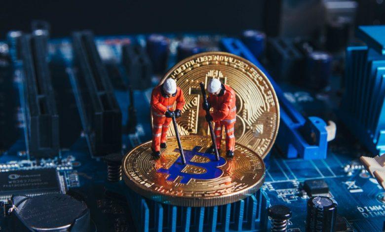 kripto madencileri bitcoin ve ethereum biriktiriyor